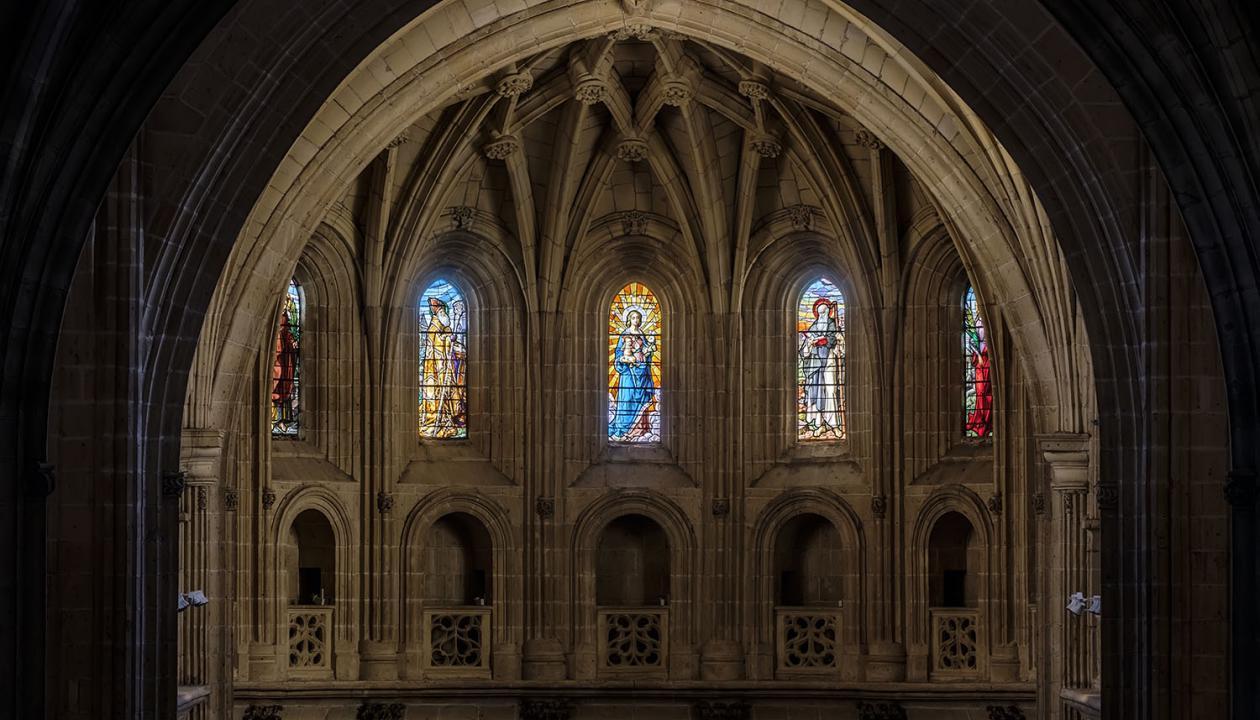 20171024_catedral_vidrieras_altar_kam7245-hdr_1